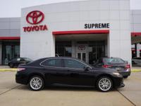 Black 2018 Toyota Camry XLE FWD 8-Speed Automatic 2.5L