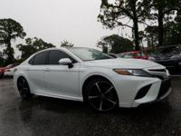 Pearl 2018 Toyota Camry XSE V6 FWD 8-Speed Automatic
