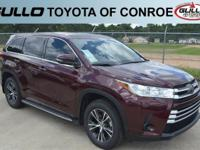 03t0/ 2018 Toyota Highlander LE  Let the team at Gullo