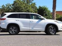 Options:  2018 Toyota Highlander Le|Priced Below Kbb
