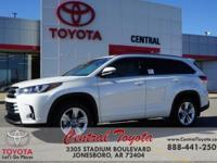 Blizzard Pearl 2018 Toyota Highlander Limited 4D Sport