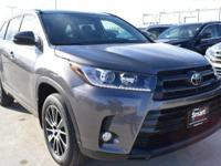 Gray 2018 Toyota Highlander SE AWD 8-Speed Automatic