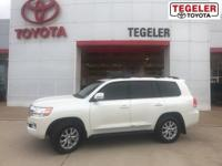 2018 Toyota Land Cruiser Base Blizzard Pearl 4WD