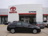 Black 2018 Toyota Prius Two FWD CVT 1.8L 4-Cylinder