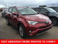 $3,217 off MSRP! RAV4 Limited, 4D Sport Utility, 2.5L