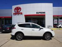 Blizzard Pearl 2018 Toyota RAV4 Limited FWD 6-Speed