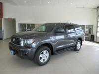 Navigation, Third Row Seat, Heated Seats, Moonroof,