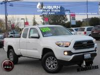 4WD, TOWING PACKAGE, LOW MILEAGE! This 2018 Toyota