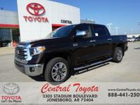 4WD, Brown/Bl. Smoked Mesquite 2018 Toyota Tundra 1794