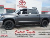 4WD, Graphite. Magnetic Gray Metallic 2018 Toyota