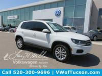 PURE WHITE exterior and BLACK CLOTH interior, Tiguan