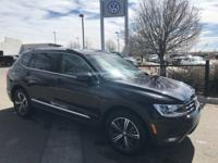 Pearl 2018 Volkswagen Tiguan SEL 4Motion AWD 8-Speed