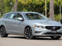 *ONE OWNER 2018 Volvo V60 DYNAMIC PACKAGE *