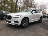 AWD. 2018 Volvo XC60 T5 Momentum Gray Automatic with