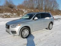 2018 Silver Volvo XC90 T5 Momentum AWD, Backup Camera,