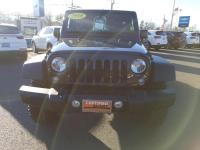 CHRYSLER CERTIFIED !! ORIGINAL MSRP $39,425 !! OFF ROAD