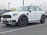 This 2018 MINI Cooper Countryman comes with