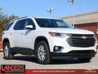 Iridescent Pearl Tricoat 2019 Chevrolet Traverse LT