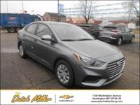 2019 Hyundai Accent SE black Cloth. 28/38 City/Highway