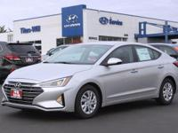 2019 Hyundai Elantra SE 29/38 City/Highway MPG Price
