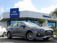 Black Cloth. Machine Gray 2019 Hyundai Sonata SE FWD