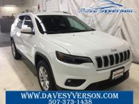Bright White Clearcoat 2019 Jeep Cherokee Latitude 4WD