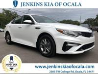 Boasts 33 Highway MPG and 24 City MPG! This Kia Optima