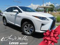 Boasts 26 Highway MPG and 19 City MPG! This Lexus RX