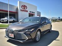 Gray 2019 Toyota Avalon Hybrid Limited FWD CVT 2.5L