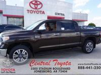 4WD, Brown/Bl. Smoked Mesquite 2019 Toyota Tundra 1794