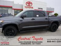 4WD, Graphite. Magnetic Gray Metallic 2019 Toyota