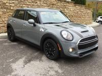 2019 MINI Cooper S Moonwalk Gray Metallic 2.0L 16V