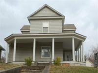 #2857 - 202 Greenwood Rd., Middlesboro, KY - In the