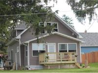 THIS CHARMING 3 BEDROOM 2 BATH HOME, IS A GREAT FAMILY