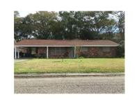 Quaint 3/2 Ranch style home wi granite in both