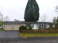 GREAT PRICE - GREAT BUY! 3BD 2BA Mfgd. home on large