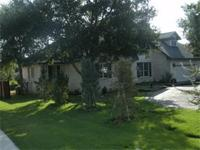 Warm & elegant home located in Navarro ISD! Entertain