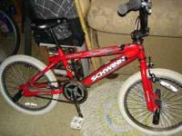 "Nice 20""inch Schwinn bike 4 sale has all 4 pegs ready 2"