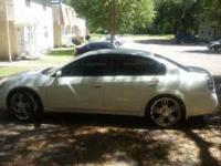 IM TRYIN TO GET RID OF THESE RIMS TO GO BIGGER . THEY