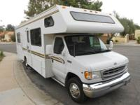 2002 28 ft Four Winds Class C Motor home for Sale V-10