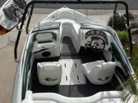 2001 21' Runabout Watercraft produced by VIP. Design is