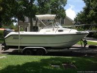 1998 Boston Whaler/2007 250hp Yamaha 4-Stroke. NEW