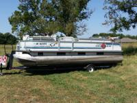 For sale a 21 Foot Sun Tracker Party Barge Pontoon with