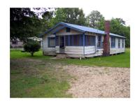 Older home on 1/2 acre in Brookhaven, MS, in need of