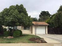 Beautiful 3 bedroom 2 bath Cottage style home with 1484