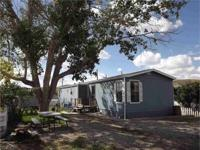 VERY WELL KEPT mobile house closely situated to the