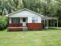 #2868 Take a look at this cozy 3 bedroom, 1 bathroom