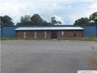 INDUSTRIAL PROPERTY with 5 Buildings. Multie Office