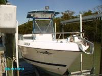 FOR SALE 2001 COBIA 214 CENTER CONSOLE 2001 YAMAHA 200