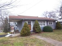 South Side! 2BR home, corner l South Side! 2BR home,